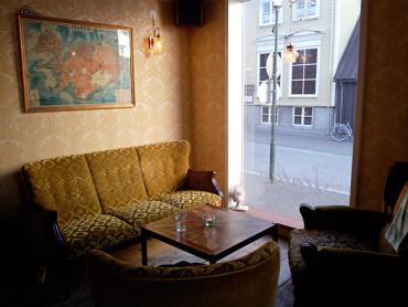 Coffee in Reykjavík: Stofan Café by Ingólfstorg
