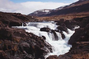 The waterfalls of Hvalfjörður