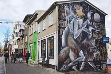 Street art in Reykjavík: Wall Poetry