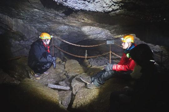 Lava-cave-1.jpg
