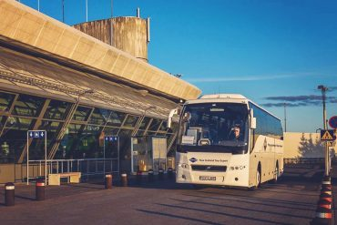 The ultimate guide to getting from Keflavík Airport to Reykjavík