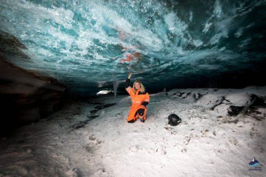 Glacier-Snowmobile-Ice-Cave-Langjokull-Iceland-11-1200x800.jpg
